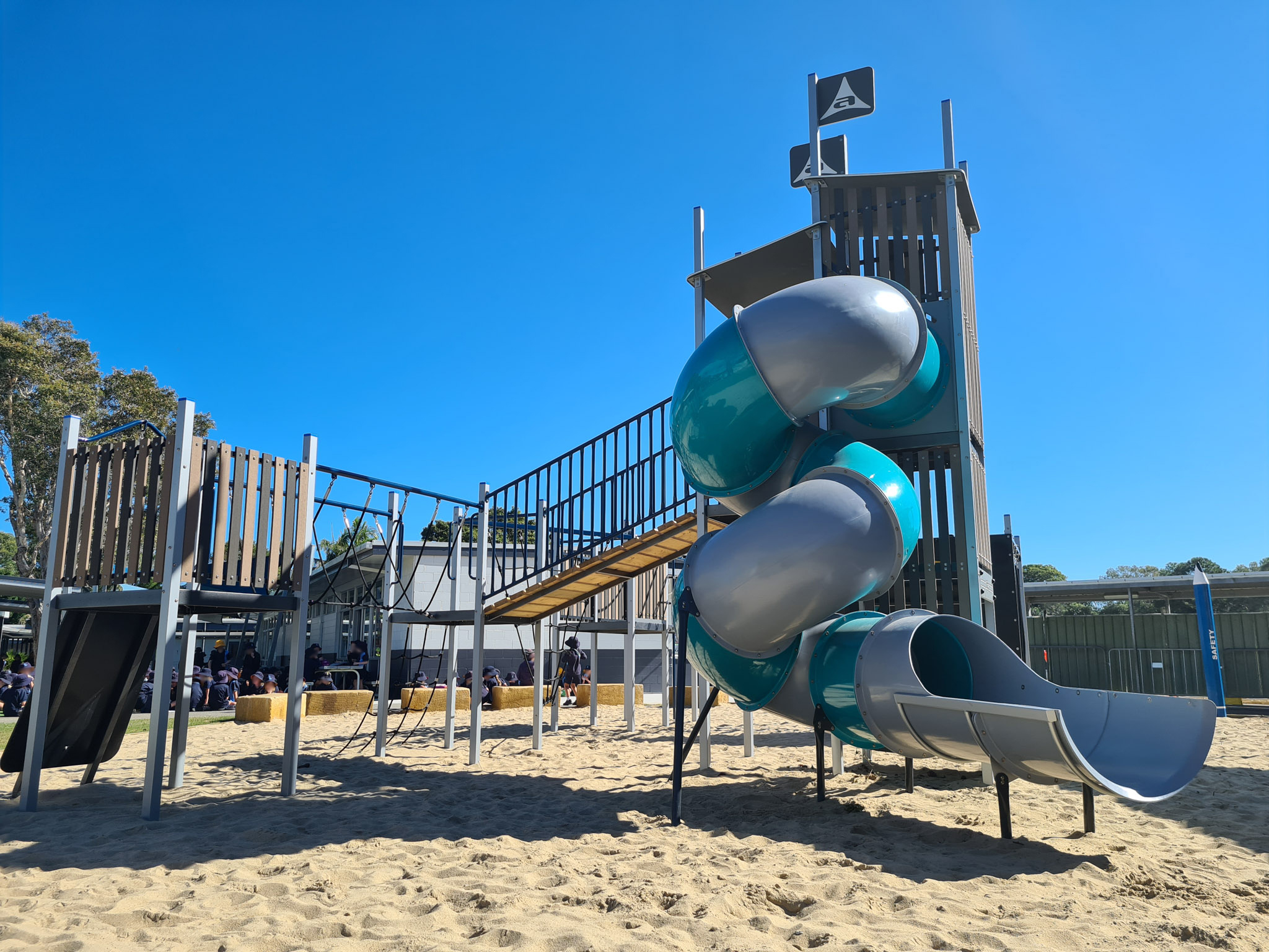 palm-beach-state-school-playrground-austek-play-01