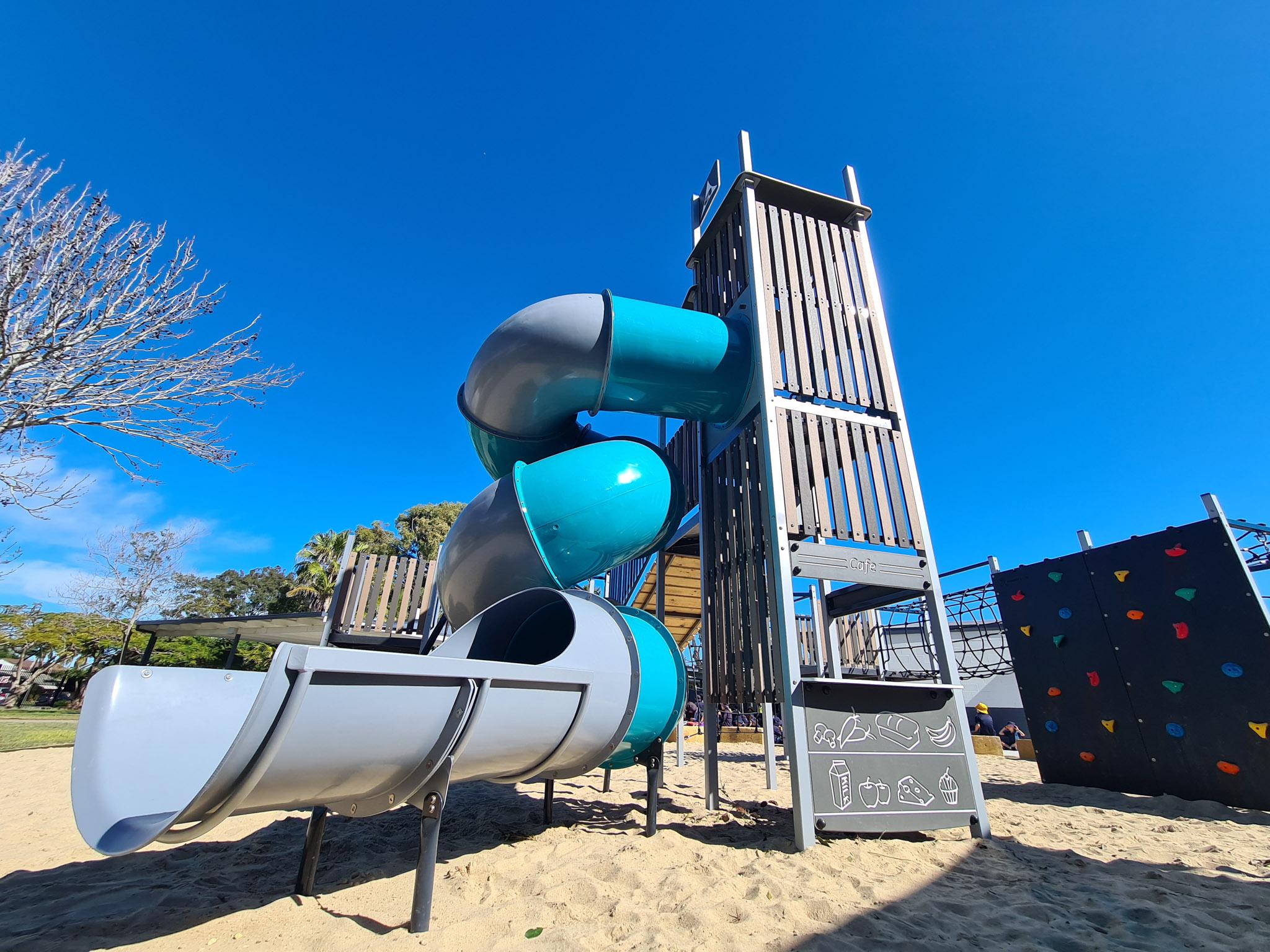 palm-beach-state-school-playrground-austek-play-17