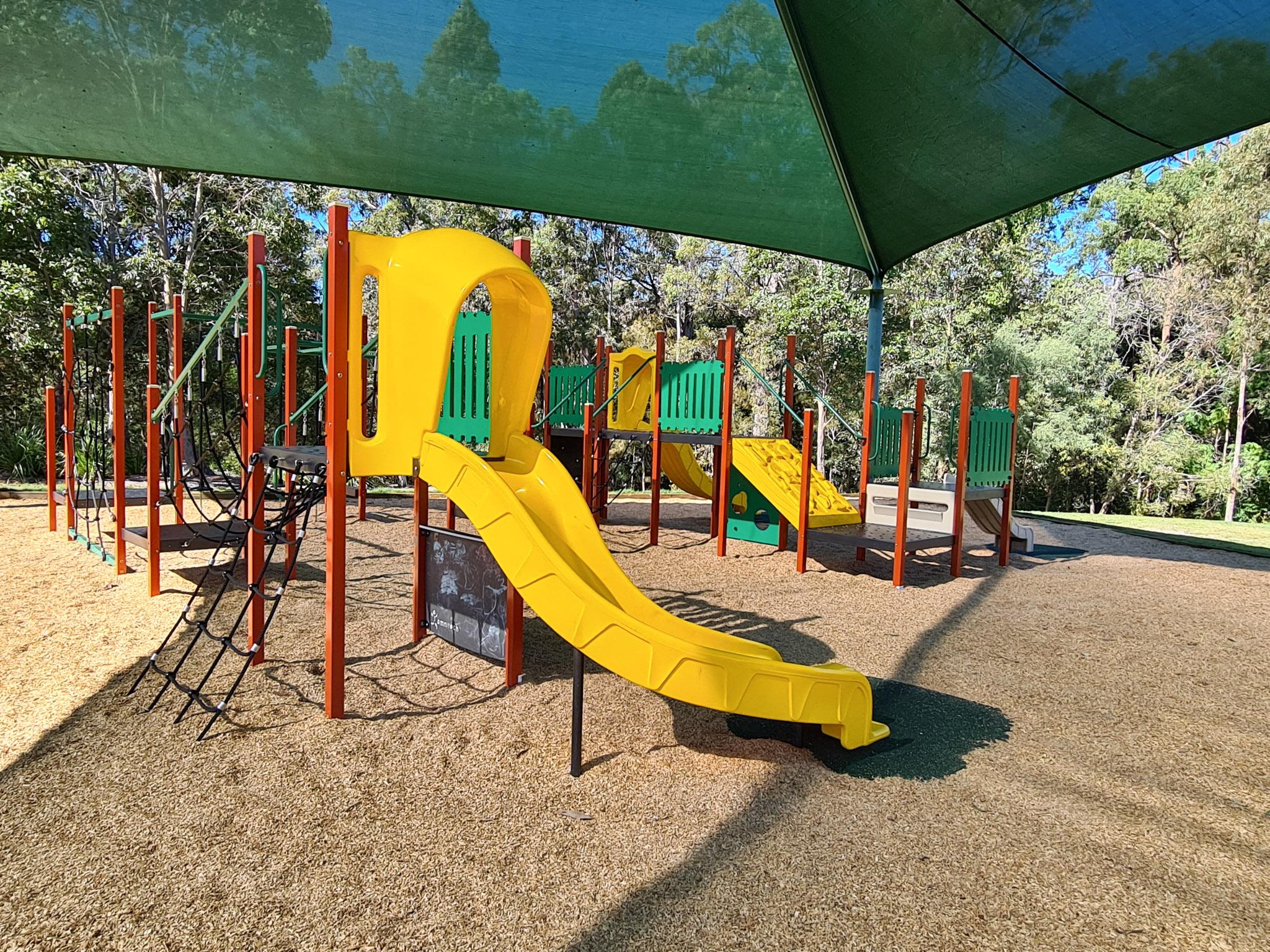 palm-beach-state-school-playrground-austek-play-53