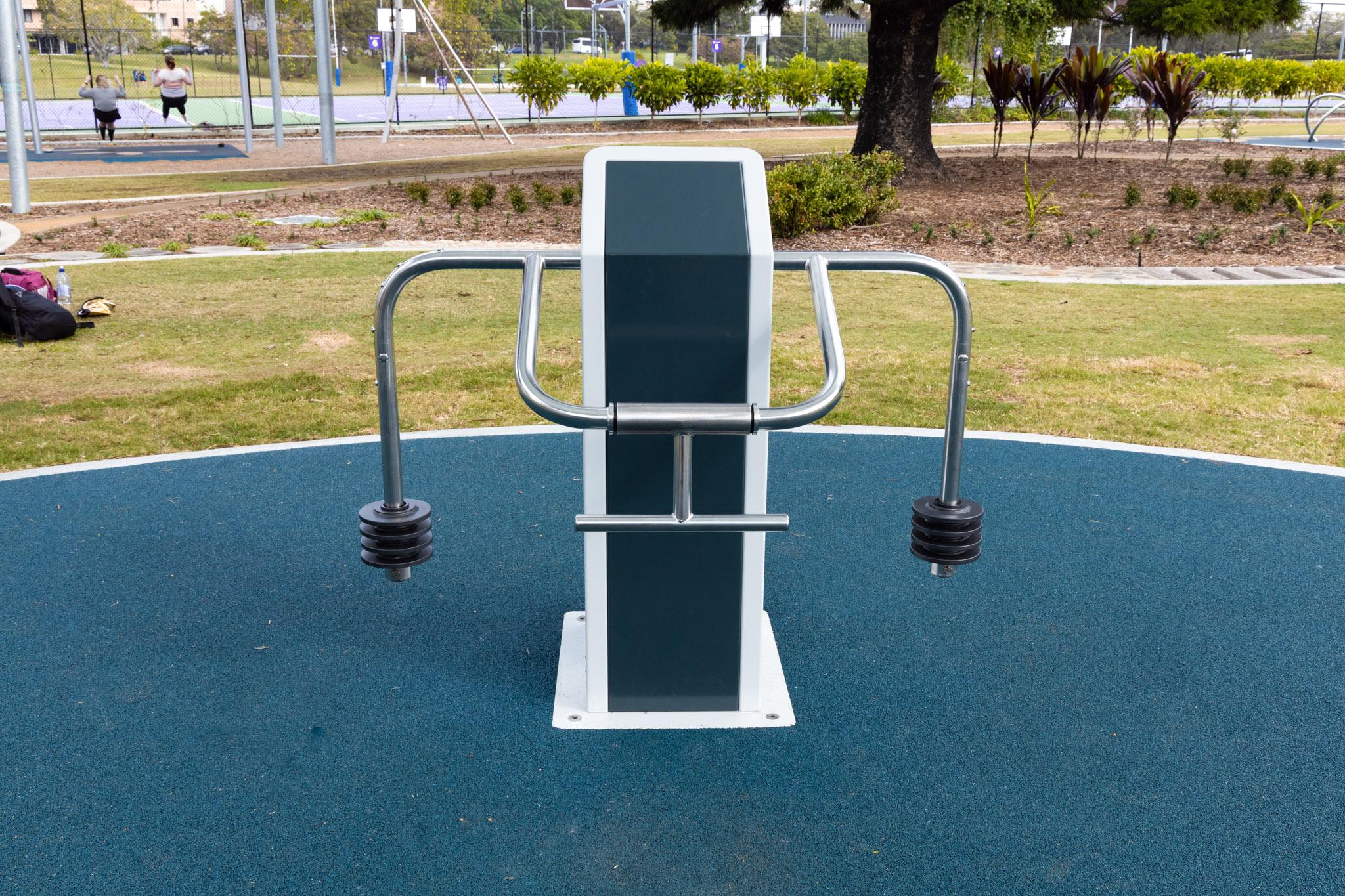 uq-outdoor-fitness-austek-play-brisbane-01
